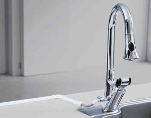 混合水栓シャワー付きシングルレバーのイメージ写真